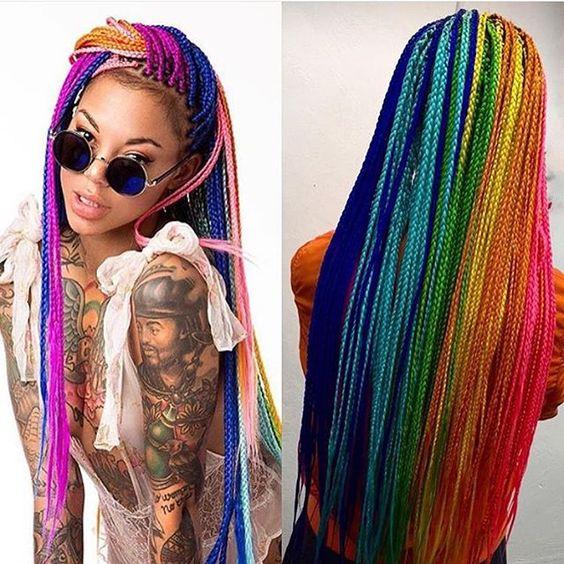 trenzas8 8 Looks con Trenzas africanas de colores a la moda